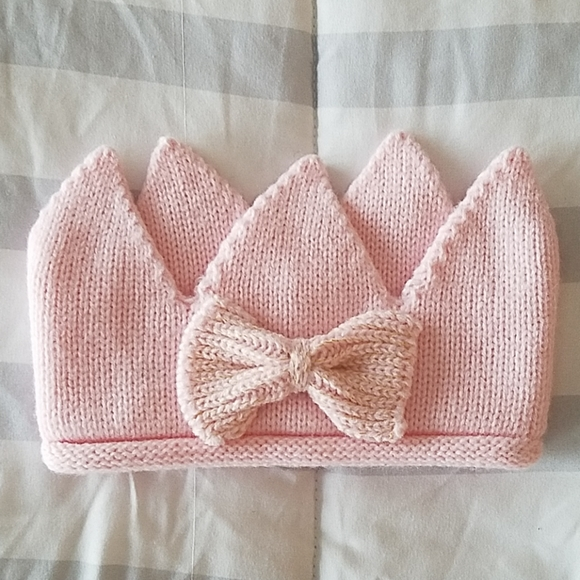 Princess Sweater Knit Crown